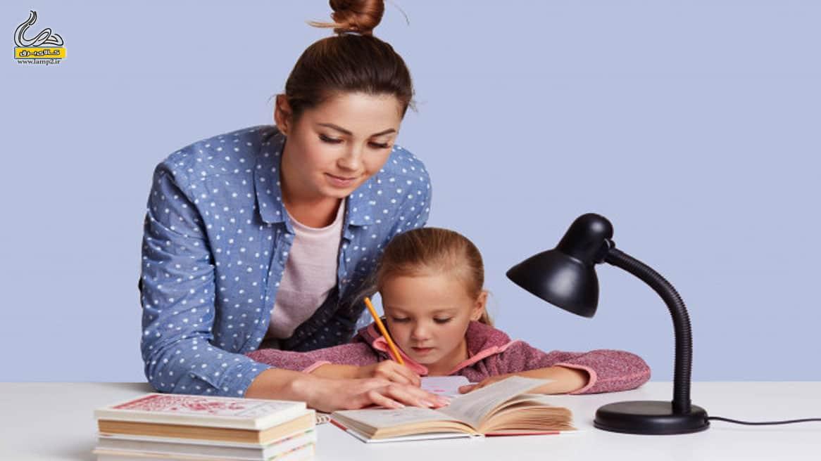 خرید چراغ مطالعه با گردن قابل تنظیم